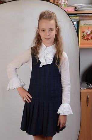 Продаю сарафан и педжак 3-4 клас для девочек