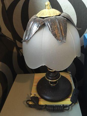 Sprzedam lampkę nocną. Nowa. Stan bdb.