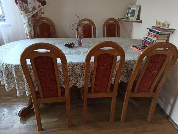Stół z 8 krzesłami