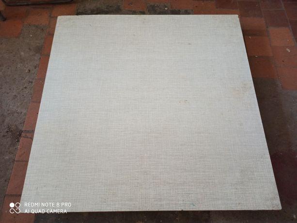 Детский стол столик столешница 68*68 см болты