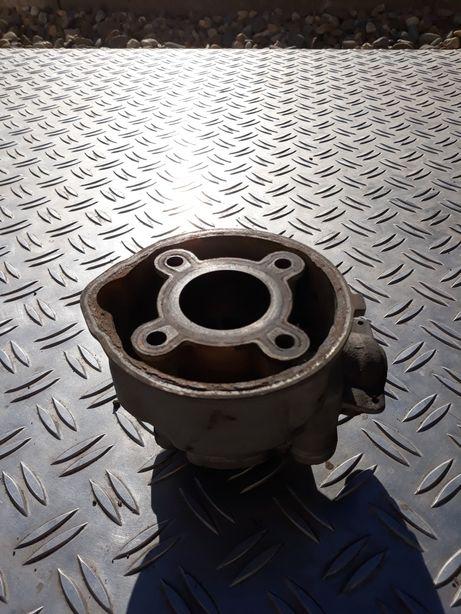 Cylinder żeliwny am6