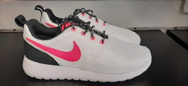 Buty damskie Nike Roshe rozmiar 36 Nowe