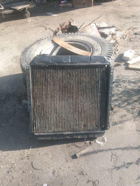 Радиатор от автомобиля МАЗ 500