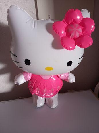 Hello Kitty Insuflável