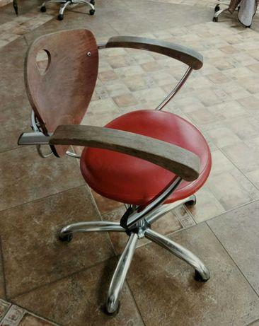 Кресло для парикмахерских, офисов