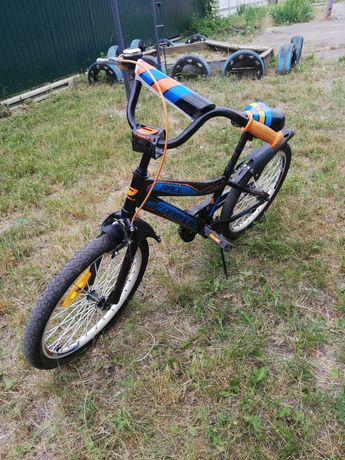 Продам велосипед детский 20р колеса в отличном состоянии.