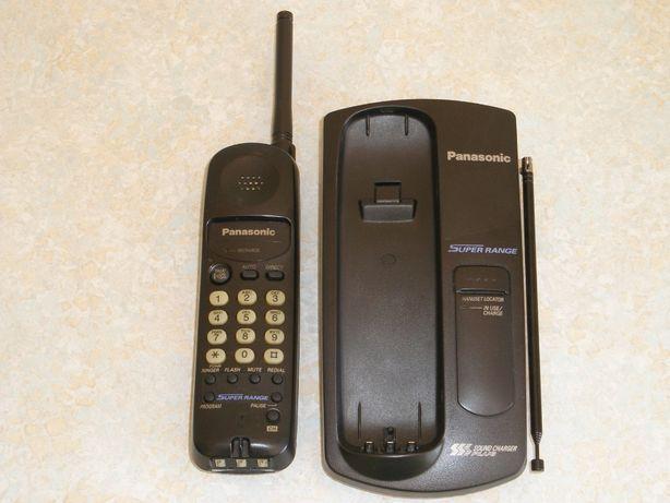 Телефон безпровідний Panasonic KX-TC1005RUB з переносною радіотрубкою