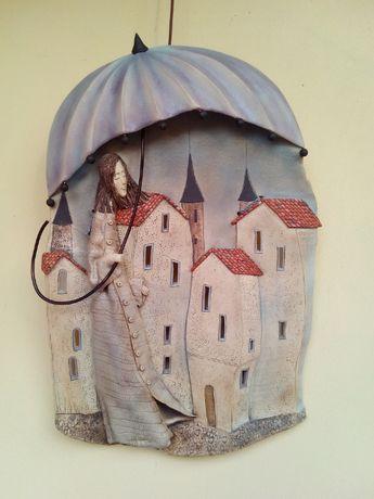 Керамическое Панно Под зонтом 49х34 см