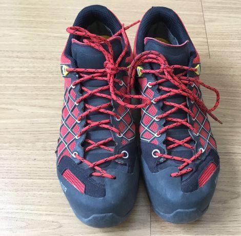 Sapatos de trekking Salewa Wild Fire GTX tam.43