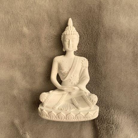 Budda posążek buddyzm buddyjskie buddyjski Tybet Indie