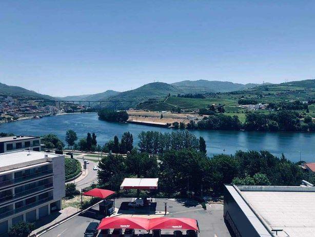 T3 com vistas panorâmicas para o rio Douro