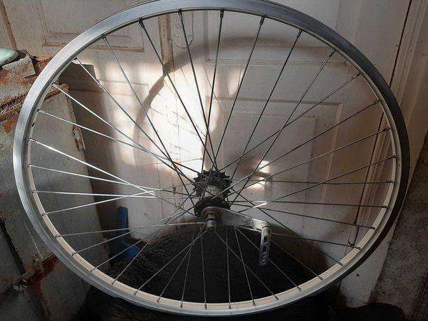 Заднее колесо на велосипед САЛЮТ.