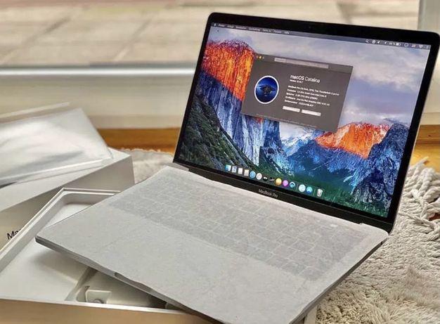 новий macbook pro 13 2019на iphone 12 pro Max (виїджаю завтра закoрдон