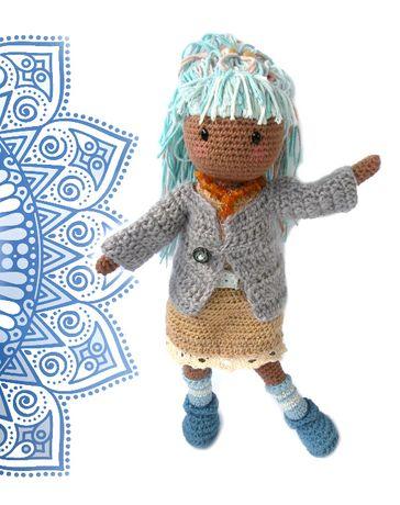 Rękodzieło lalka szydełkowa amigurumi inspirowana Gorjuss