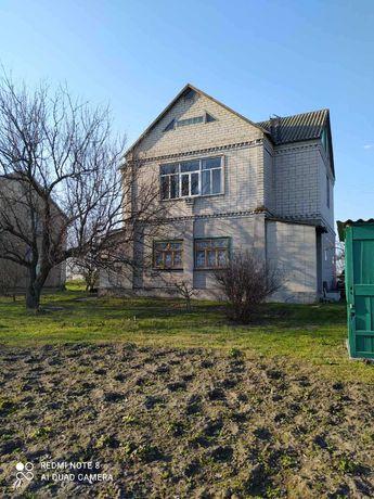 Дом с участком Петриковский район село Ивановка