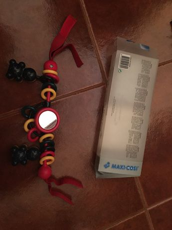 Tira de jogos da Maxicosipara carrinho ou ovo