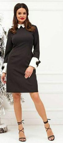 Elegancka czarna sukienka z mankietami M