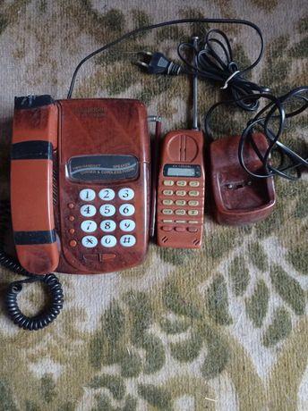 Отдам телефон стационарный плюс радиотрубка.