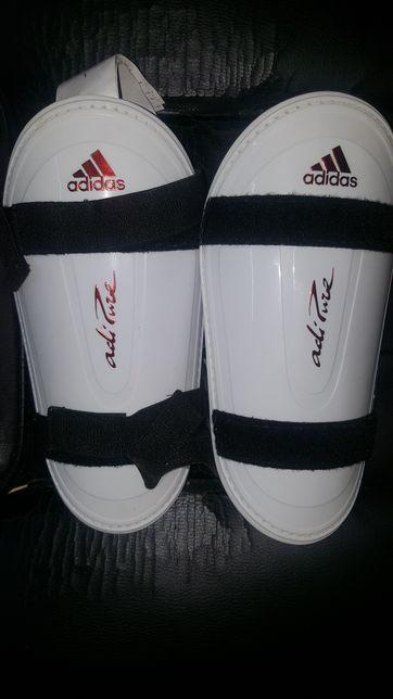 Caneleiras originais Adidas