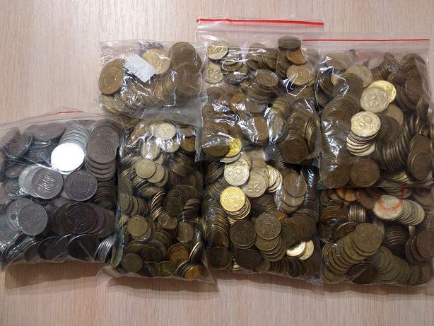 Копійки,:5,10,25,50,металеві гривні