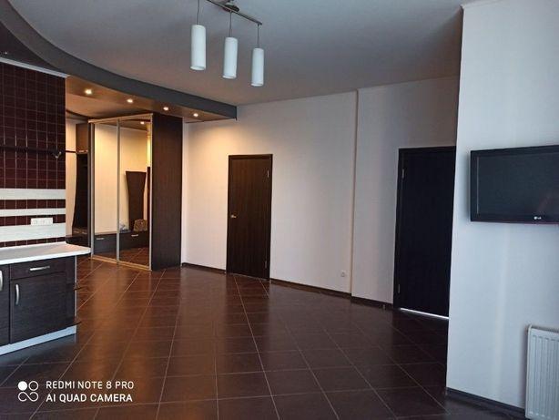 V Двухкомнатная квартира на Педагогической с ремонтом и мебелью.