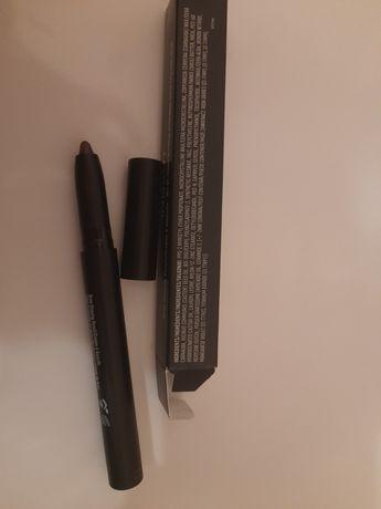 Восковий олівець для брів. Коричневий. Inglot