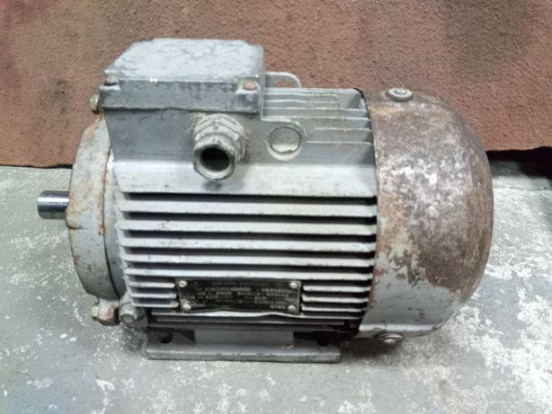 Електромотор.електродвигун.єлектродвигатель 1.5квт 1000об новий