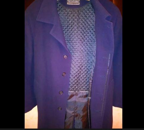 кашемировое пальто италия от trussardi