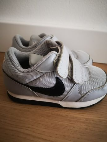 Adidasy buty nike r. 25