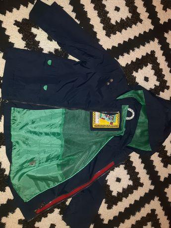 Куртка для хлопчика в хорошому стані