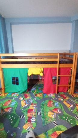 Sprzedam łóżko dziecięce piętrowe z bawialnią