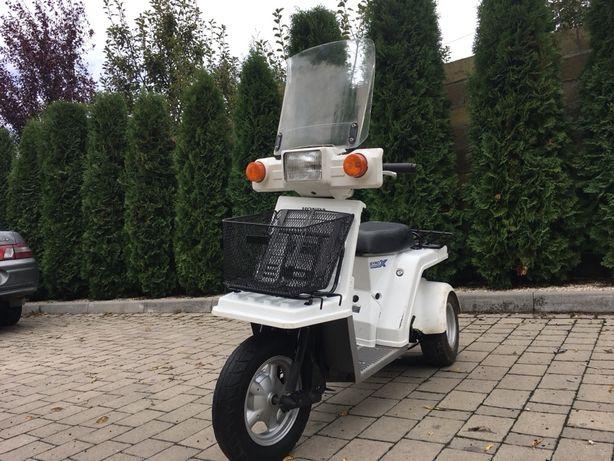 Скутер для людей з обмеженею потребністю .