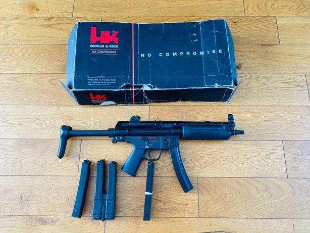 Umarex MP5 , + 4 magi w zestawie stan dobry