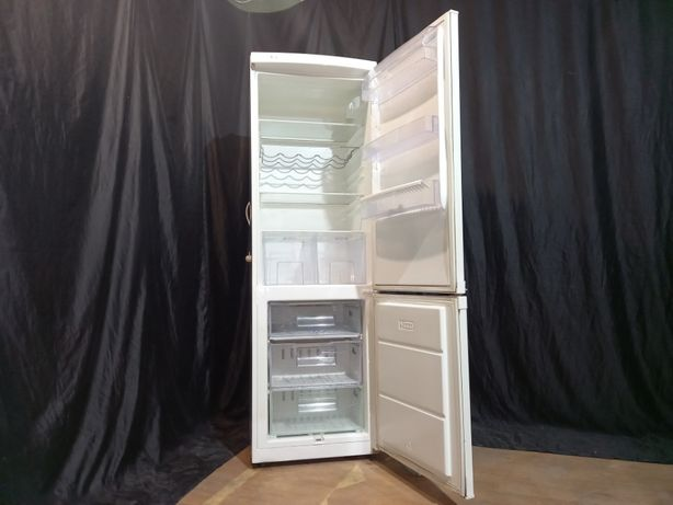 Холодильник ZANUSSI с нижней морозилкой. Доставка бесплатно!
