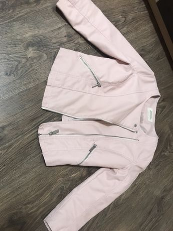 Косуха bershka  куртка