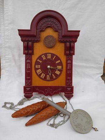 Продам настенные часы с кукушкой Маяк, производство СССР.