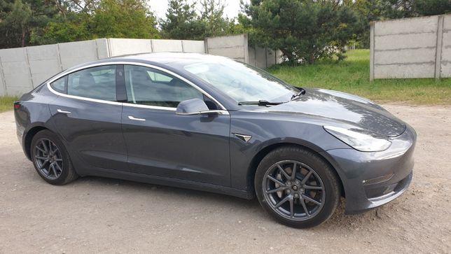 Tesla Model 3 Long Range Dual Motors 2018