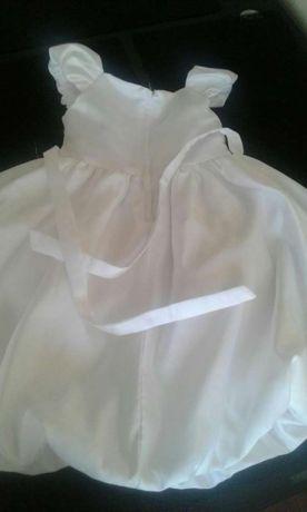 Белое нарядное детское платье!104-110 р-р