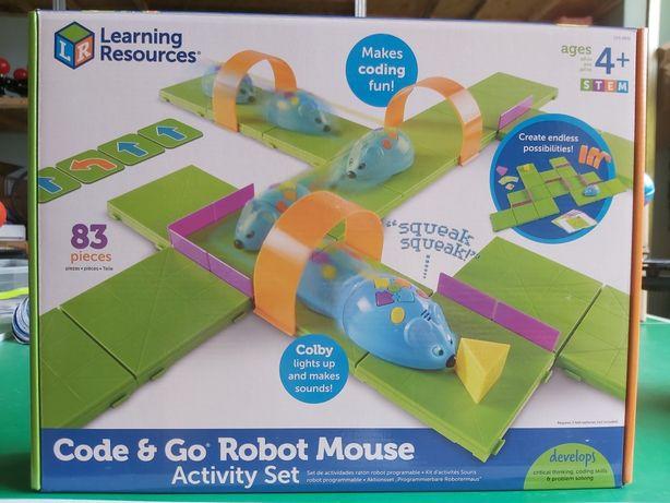 Робот мышь с полем для программирования