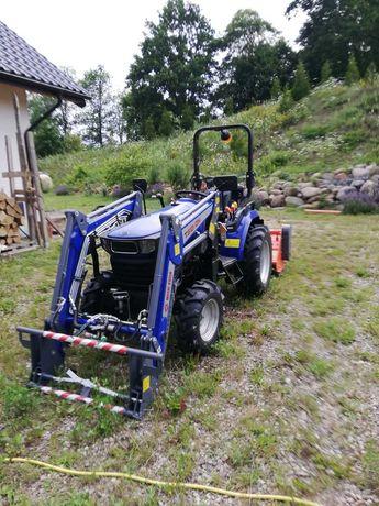 Farmtrac ciągnik C26 4WD z ładowaczem czołowym