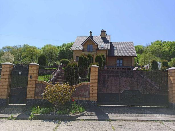 Будинок  Особняк
