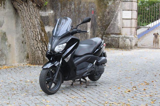 Scooter Yamaha Xmax 125
