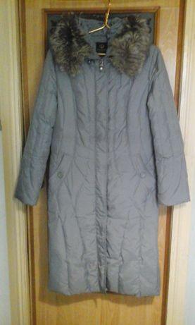 Пальто женское болоньевое. С капюшоном