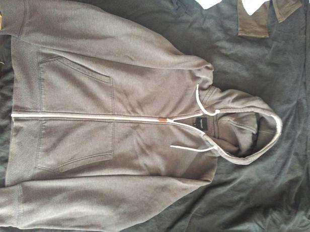 Szara bluza z kapturem Clockhouse