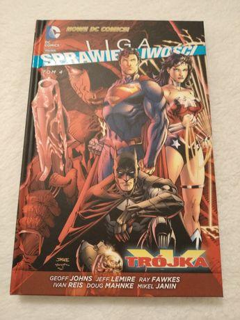 Liga Sprawiedliwości. Trójka (Nowe DC Comics)