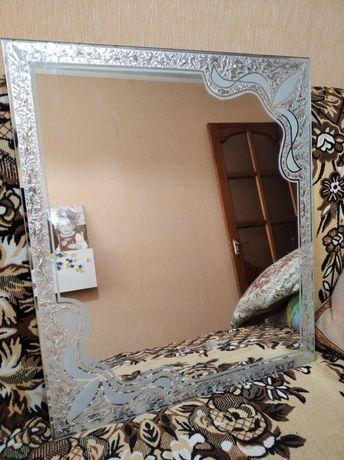Продам зеркало новое