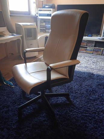 Fotel ze skory naturalnej obrotowy IKEA