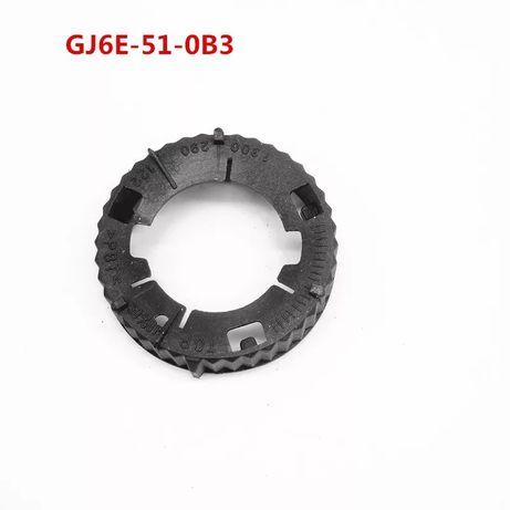 Крышка (цоколь) блок фары mazda 6. GJ6E-51-0B3