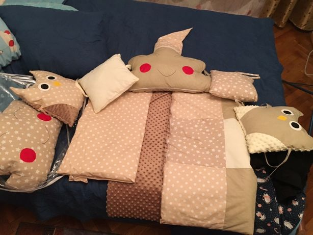 Бортики в кроватку,бортіки в ліжечко,подушки,подушечки в ліжечко