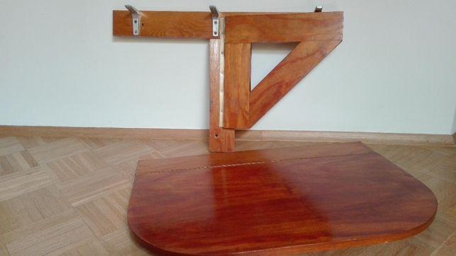 Drewniany stolik składany do ściany